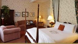 Room THE COPPER BEECH IN