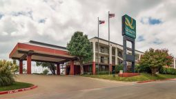 Exterior view Quality Inn & Suites Fort Worth