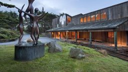 Exterior view Sea Ranch Lodge