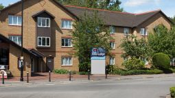 Exterior view TRAVELODGE STAINES