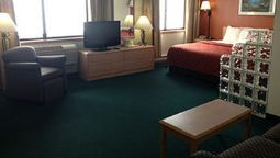 Room AmericInn Ashland