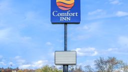 Exterior view Comfort Inn Huntingdon