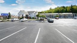 Buitenaanzicht Americas Best Value Inn- St. Ignace