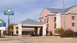 Exterior view DAYS INN AND SUITES POTEAU