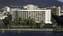 Exterior view Hilton Cairns