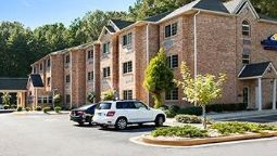 Exterior view MICROTEL LITHONIA STONE MTN