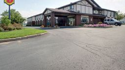 Exterior view SUPER 8 SHAWANO