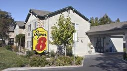 Exterior view SUPER 8 WILLITS