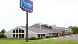 Exterior view Americinn Two Harbors