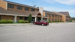 Exterior view Boarders Inn and Suites Wautoma