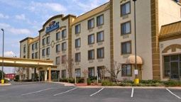Exterior view Quality Inn & Suites Chattanooga