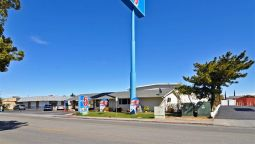 Exterior view MOTEL 6 WILLOWS