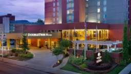 Buitenaanzicht DoubleTree by Hilton Chattanooga