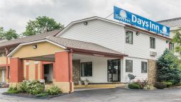 Exterior view DAYS INN BLOOMINGTON