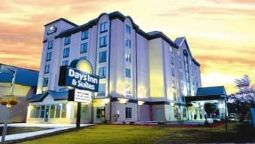 Exterior view DAYS INN SUITES BY THE FALLS