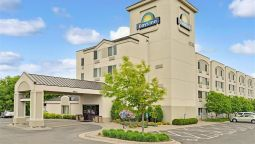 Exterior view DAYS INN EAGAN