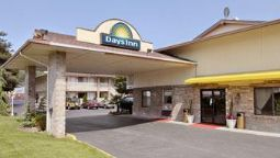 Exterior view DAYS INN SEATTLE SOUTH TUKWILA