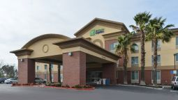 Exterior view Holiday Inn Express WOODLAND