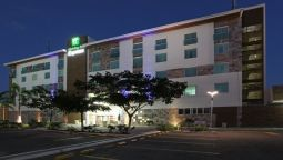 Buitenaanzicht Holiday Inn Express VILLAHERMOSA TABASCO 2000