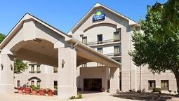 Exterior view DAYS INN & SUITES CEDAR RAPIDS