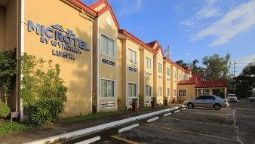 Exterior view MICROTEL INN & SUITES BY WYNDHAM TARLAC
