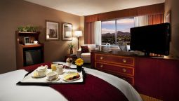 Room RADISSON HOTEL PHOENIX AIRPORT