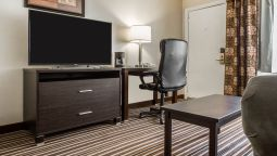 Room Quality Inn & Suites South Portland