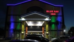 Buitenaanzicht BLUE BAY INN & SUITES