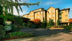 Exterior view RADISSON HTL PORTLAND AIRPORT