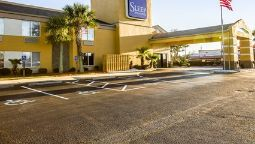 Exterior view Sleep Inn & Suites near Outlets
