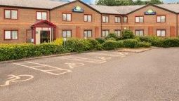 Exterior view Days Inn Newport Magor