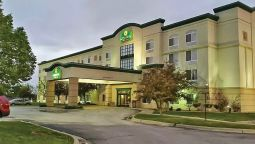 Exterior view LA QUINTA INN AND SUITES OMAHA AIRPORT