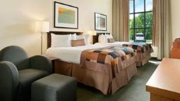 Room Four Points by Sheraton Cincinnati North