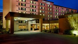 Buitenaanzicht Four Points by Sheraton Toronto Airport