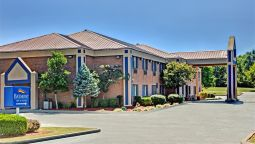 Exterior view Baymont Inn and Suites Harrodsburg