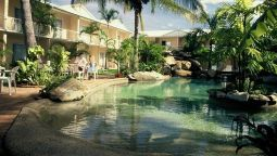 Exterior view CAIRNS RAINBOW RESORT