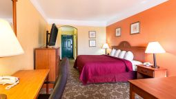 Room Quality Inn & Suites Beachfront