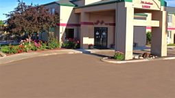 Exterior view Mr Sandman Inn And Suites