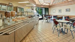 DAYS INN SUITES FULLERTON - Fullerton (Kalifornien)