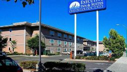 Exterior view EXECUTIVE INN AND SUITES EMBARCADERO