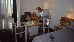Room HOLIDAY TOWER HOTEL