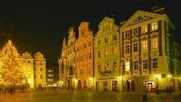 Buitenaanzicht Old Town Square Hotel And Residence