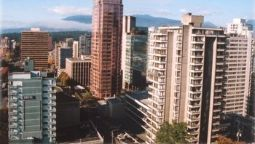 Buitenaanzicht TROPICANA SUITES ON ROBSON