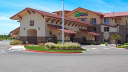 Holiday Inn Express & Suites TURLOCK-HWY 99 - Turlock (California)