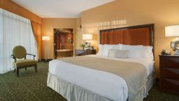 Room Embassy Suites by Hilton Hampton Hotel Convention Ctr - Spa