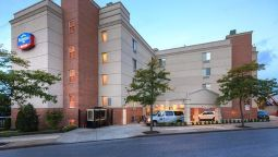 Buitenaanzicht Fairfield Inn New York LaGuardia Airport/Flushing