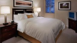 Room OAKWOOD AT POINTE 400