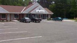 KNIGHTS INN LENOX - Lenox (Massachusetts)