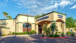 Exterior view DAYS INN AND SUITES SCOTTSDALE