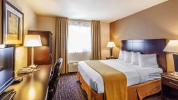 Room Quality Inn Near Seattle Premium Outlets